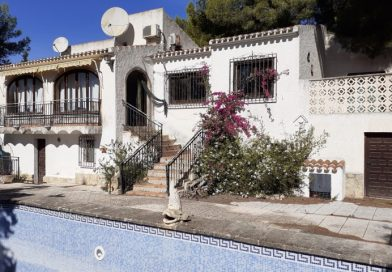 Opportunity 3 Bed Villa For Sale In Javea Only €265,000!