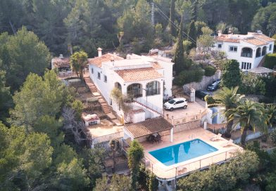 Villa With Separate Apartment And Panoramic Views Javea